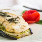 Chicken with Eggplants & a Pesto Sauce – Κοτόπουλο με Μελιτζάνες και Σάλτσα Πέστο
