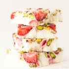 Yogurt Bars with Strawberries and Pistachios