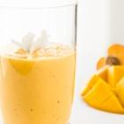 Mango, Peach & Turmeric Smoothie