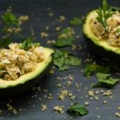 Stuffed Avocado with Crab & Quinoa – Αβοκάντο με Καβούρι & Κινόα