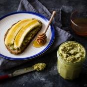 Σπιτικό Ταχίνι με Τσάι Μάτσα – Raw Homemade Matcha Tahini