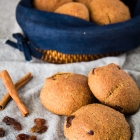 Vegan Raisin Bread Rolls