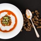 Πικάντικη Τοματόσουπα με Ξυνόγαλα