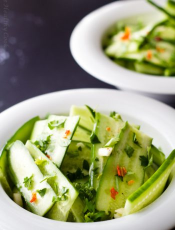 Σαλάτα με αγγούρι, φρέσκο κόλιανδρο και χυμό από lime, σούπερ διαιτητική - This cucumber salad with fresh cilantro and lime juice is super low-calorie