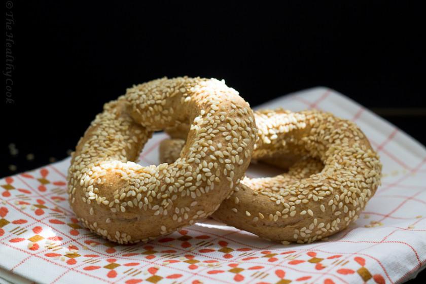 Συνταγή για Κουλούρια Θεσσαλονίκης με αλεύρι ολικής άλεσης - The recipe for Whole Wheat Sesame Bagels