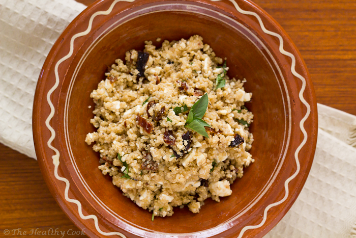 Quinoa salad with Feta and Sun-dried Tomatoes – Σαλάτα με Κινόα, Φέτα και Λιαστές Τομάτες