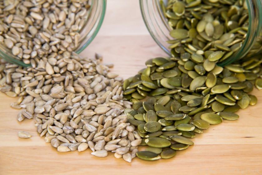 Pumpkin & Sunflower Seeds – Κολοκυθόσποροι & Ηλιόσποροι