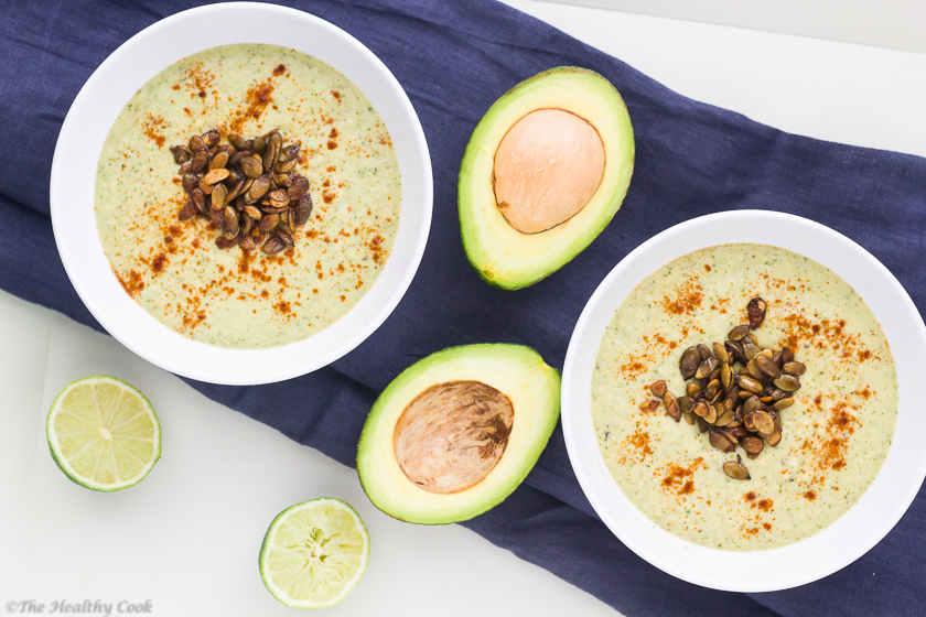 Avocado-Soup-with-Chile-Lime-Pepitas - Σούπα-με-Αβοκάντο-&-Αρωματισμένο-Κολοκυθόσπορο