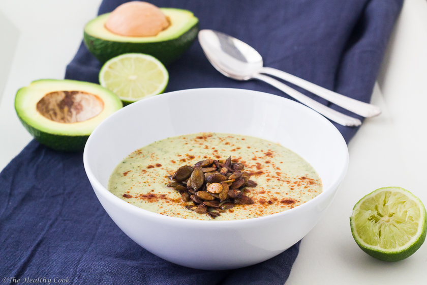 Avocado-Soup-with-Chile-Lime-Pepitas - Σούπα-με-Αβοκάντο-&-Αρωματισμένο-Κολοκυθόσπορο