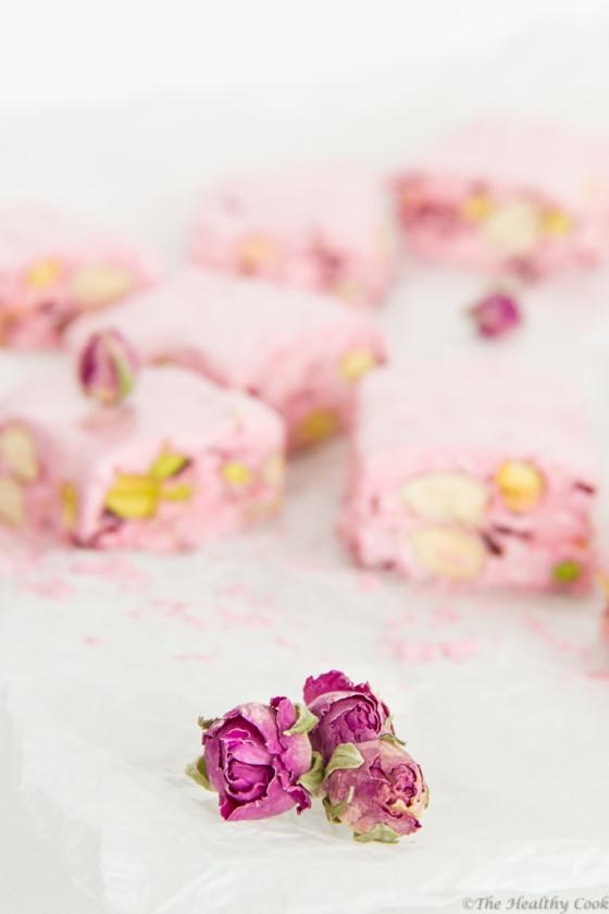 Homemade Rosewater Nougat with Pistachios & Cranberries – Σπιτικό Μαντολάτο με Ροδόνερο, Φιστίκια & Κράνμπερις