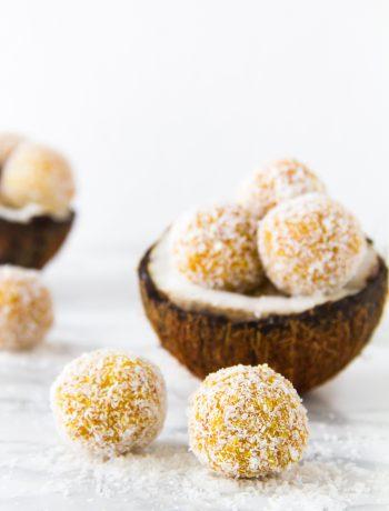 Μπαλίτσες ενέργειας με κουρκουμά και καρύδα, ένα υγιεινό και πεντανόστιμο σνακ - Turmeric & Coconut Energy Balls, a healthy and delicious snack