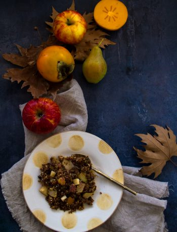 Crumble με Λωτό, Μήλο και Αχλάδι