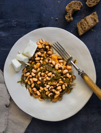 A simple, but delicious, recipe from Crete with black-eyed beans and fennel