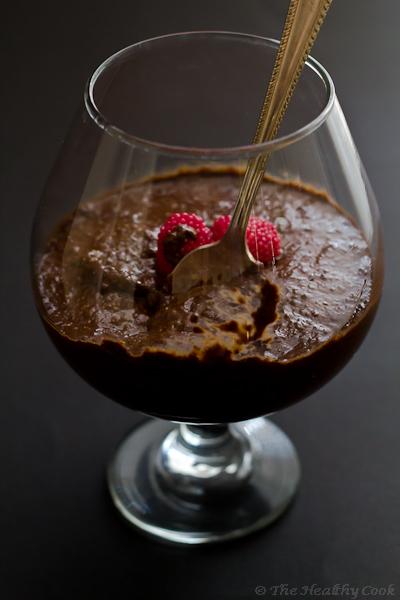 Skinny Chocolate Dessert with Chia Seeds – Ελαφρύ Σοκολατένιο επιδόρπιο με σπόρους Chia