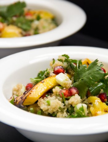 Quinoa Salad with Cilantro & Grilled Mango– Σαλάτα με Κινόα, Κόλιανδρο και Ψητό Μάνγκο