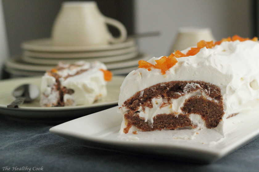 Skinny Orange Roll Cake with Walnuts – Ελαφρύ Ρολό Πορτοκαλιού με Καρύδια